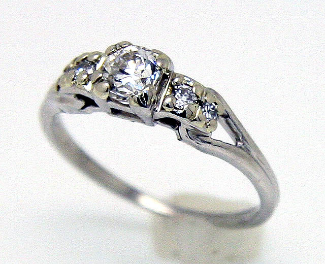 Go For A Regal Engagement with Vintage Engagement Rings Engagement Rings Wiki